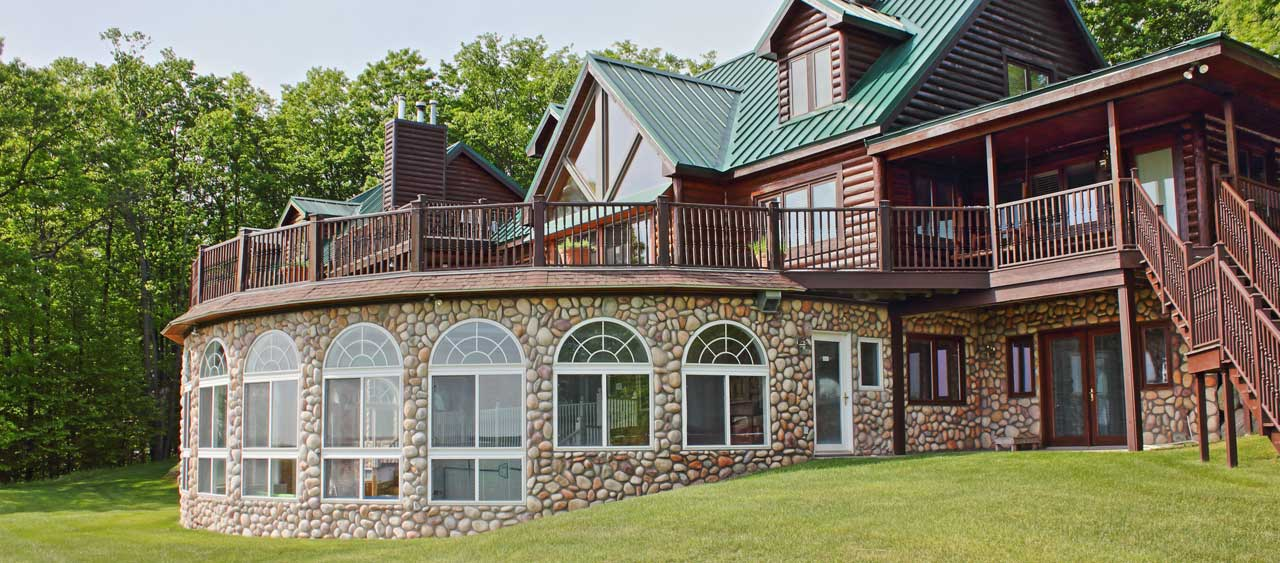Large Family Vacation Rentals In Northern Michigan