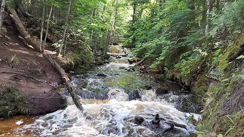 Chapel Falls hiking
