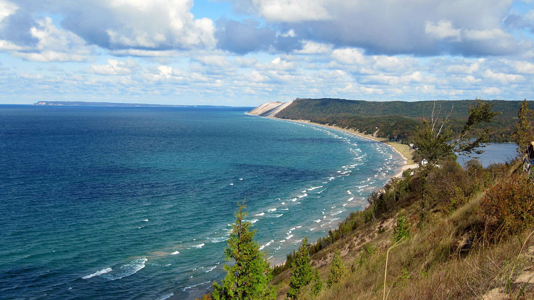 Sleeping Bear Dunes National Lakeshore: An Ideal Family ...