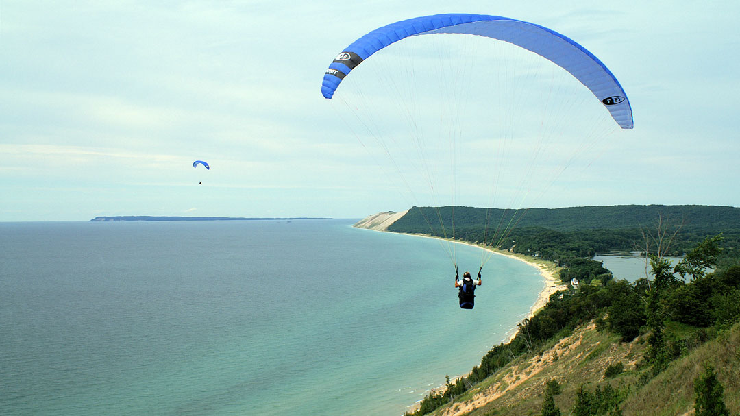 Hang gliding over the Sleeping Bear Dunes National Shoreline (National Park Service/CC BY 2.0)