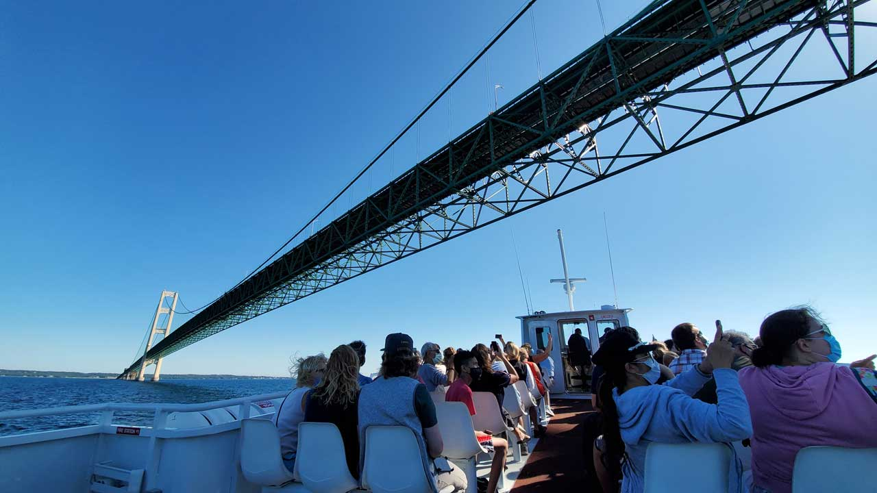 Mackinac Island Ferry, Mackinac Bridge tour