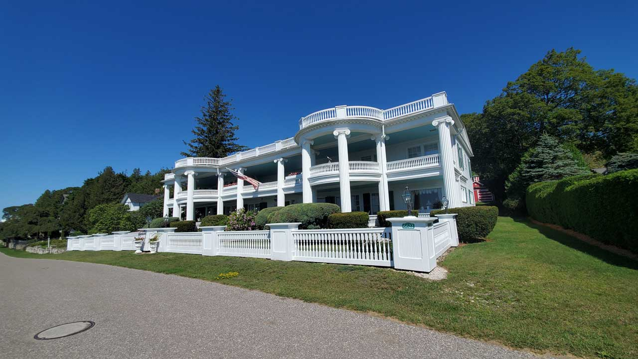 Mackinac Island blufftop homes